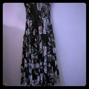 Dresses & Skirts - Hawaiian Floral print Maxi Dress